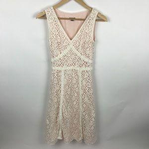 Ann Taylor blush pink lace sleeveless dress size 2